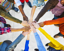 Group of Diverse Multiethnic People Teamwork.  (Foto: Rawpixel - Fotolia)